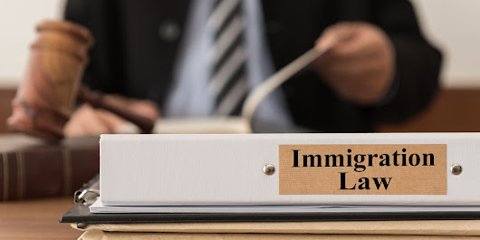 Immigration Court Interpreters Say When They're Mistreated, Immigrants Suffer Too