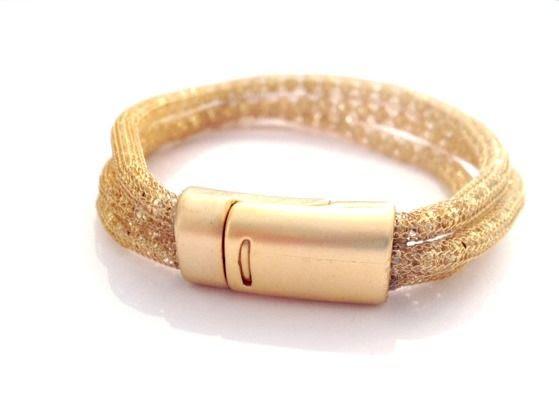 צמיד צינורות רשת. ציפוי זהב מאת עידית שטרן תכשיטים