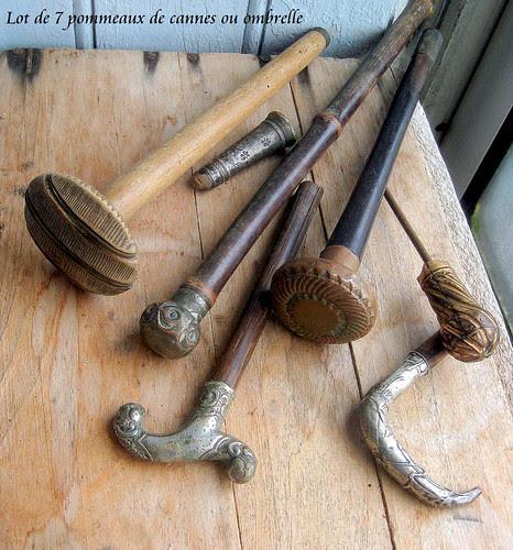Lot de 7 pommeaux de cannes, parapluies ou ombrelles by Verre Antique Glass Antiquités du Sud