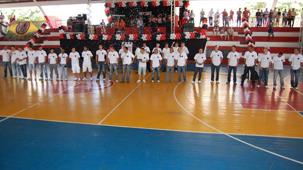 Botafogo-PB apresenta 23 novos contratados (Foto: Larissa Keren)