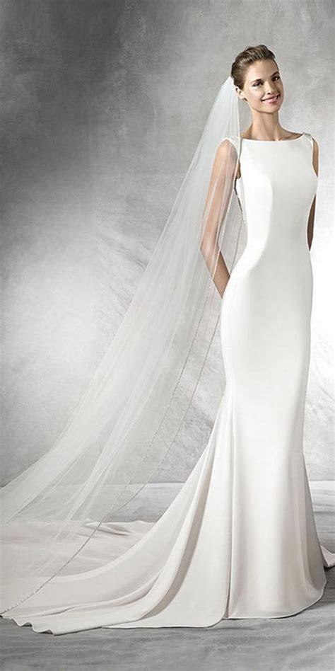 25  best ideas about Classic wedding dress on Pinterest