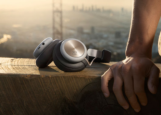 Bang & Olufsen Play H4 headphones: with or without wires