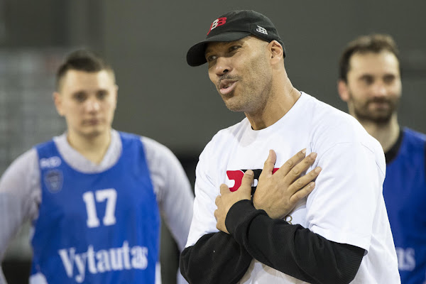 e5484970ac1 LaVar Ball claims he could beat LeBron James one-on-one in his prime   He  too weak