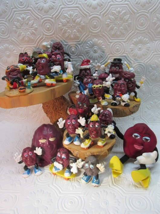 California Raisins Lot of 24 Two Dozen All vintage by ozarksfinds