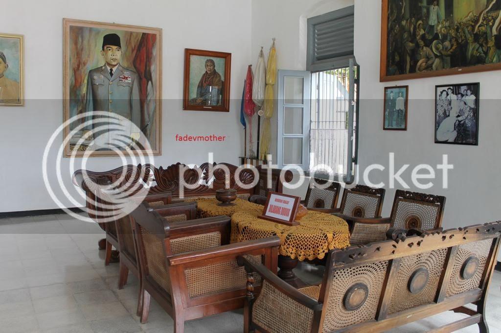 Ruang tamu bantar gebang photo ruangtamubantargebang_zps6f75e74f.jpg