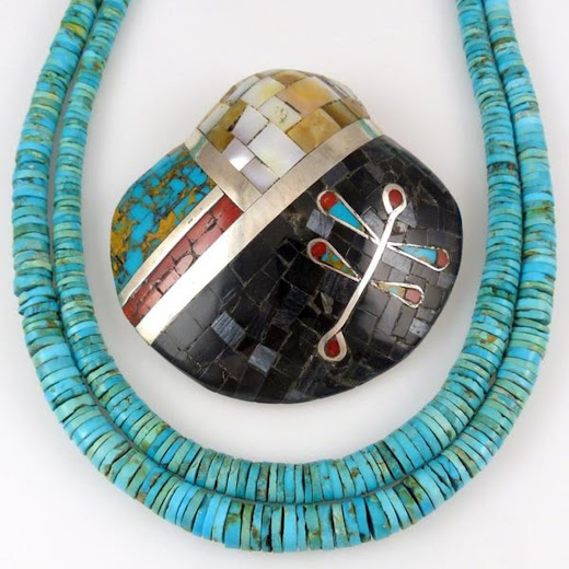 Santo Domingo Jewelry - A Beautiful Combination of Turquoise and Shell