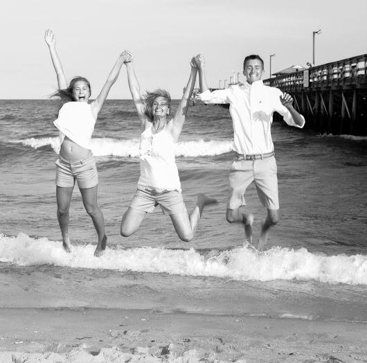 The Meeks Family beach portraits session | Myrtle Beach | 777 Portraits Photography