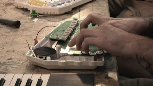 BEND: A Circuit Bending Documentary - YouTube