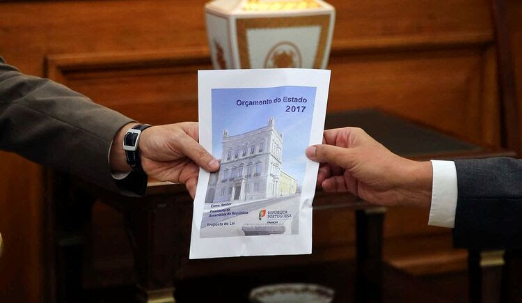 Resultado de imagem para orçamento do estado 2017