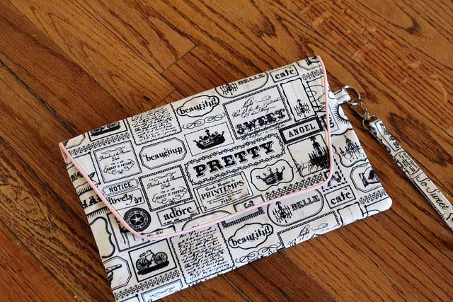 Noodlehead Envelope Clutch
