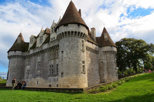 The Beautiful Castle and Delicious Wines of Monbazillac