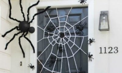 19 Hauntingly Awesome Halloween Door Decorating Ideas | Spaceships and Laser Beams