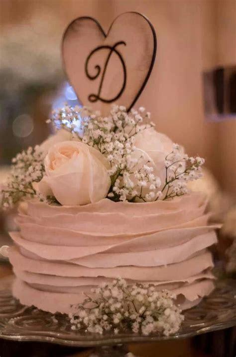 Flowers on the cake. Babys breath   Wedding Cakes