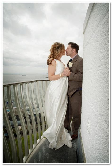 Plymouth   Wedding Photographer in Devon