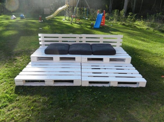 DIY Pallet Ideas and Projects