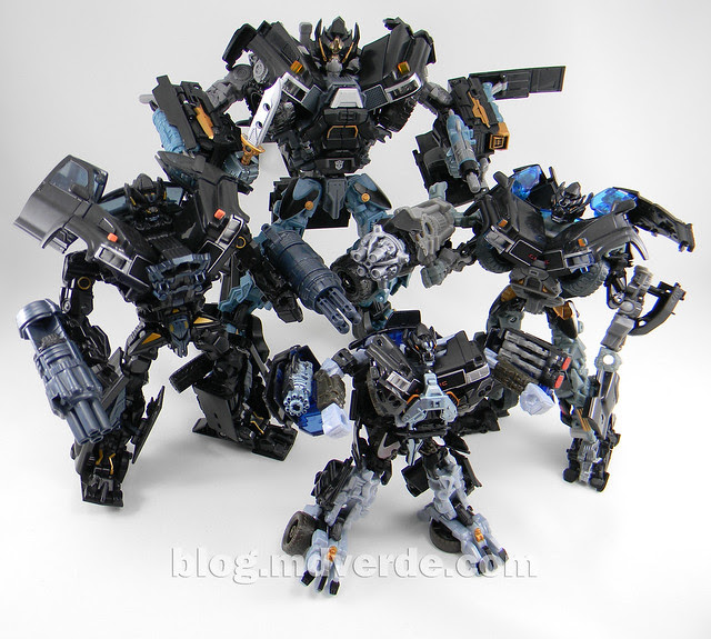 Transformers Ironhide Leader - Dark of the Moon - modo robot vs otros Ironhides
