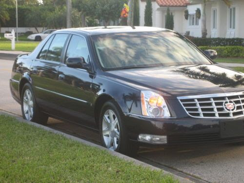 Sell used 2006 07 08 CADILLAC DTS LOADED NON SMOKER CLEAN ...