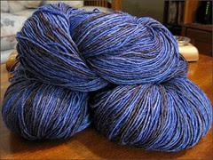 Mas Acero yarn