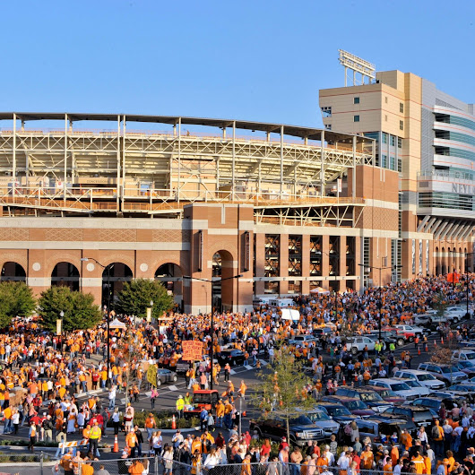 Ranking Top 15 CFB Towns in the Country