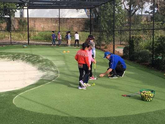 Golf Lessons for Kids | Thornleigh Golf Centre