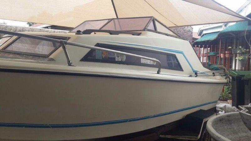Baronet Cabin Boat Brick7 Boats