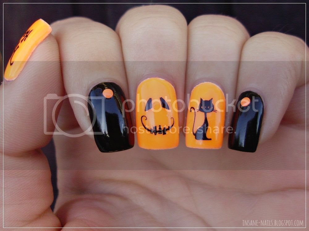 photo halloween_nails_2015_3_zpsligl7ftf.jpg