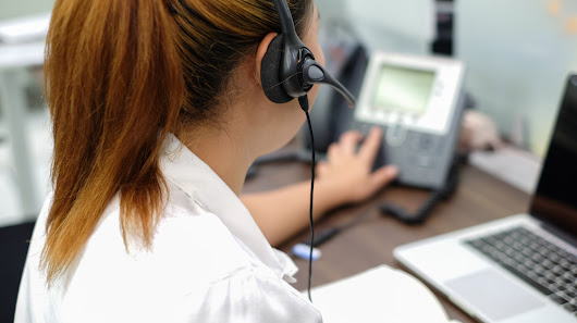 5 Surprising Things an Answering Service Can Do for Your Business - Small Business Trends