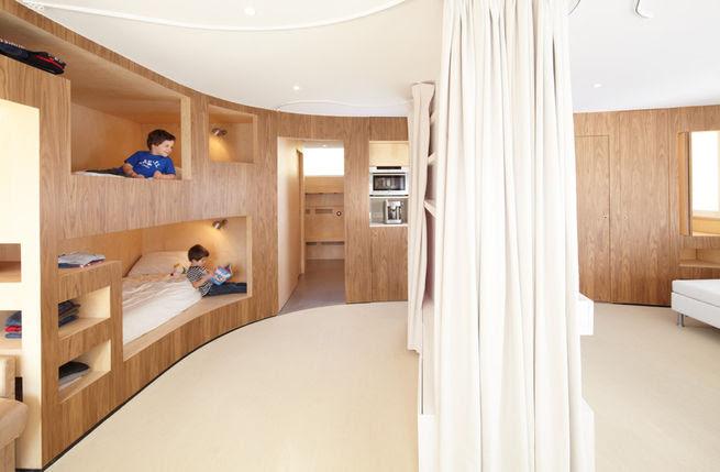 Slideshow: 5 Helpful Hideaway Beds | Dwell