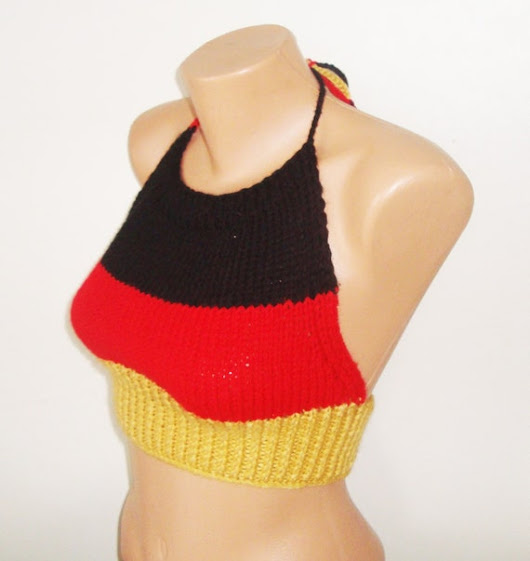 German Flag Top / Germany Flag Top / Hand Knit Top by earflaphats