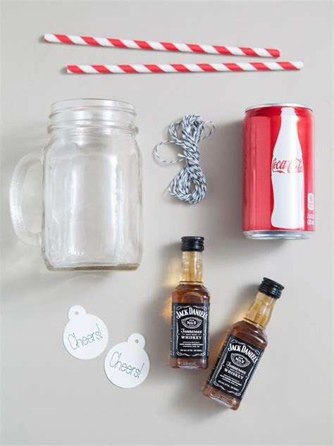 Best 25  Mason jar mugs ideas on Pinterest   Alcohol gifts