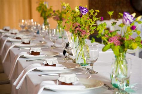 mikaylas blog forgo  standard table arrangement