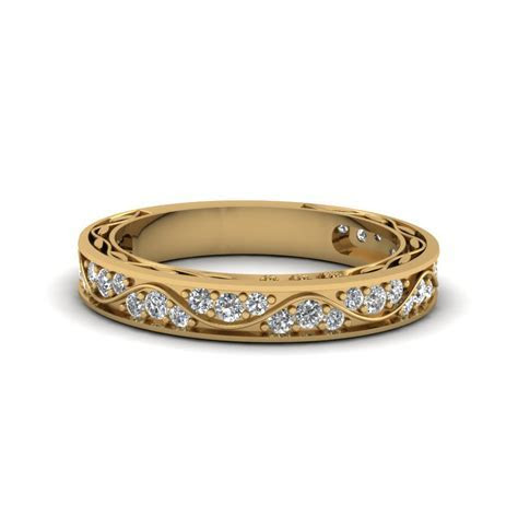 Vintage Pave Diamond Wedding Ring For Women In 14K Yellow