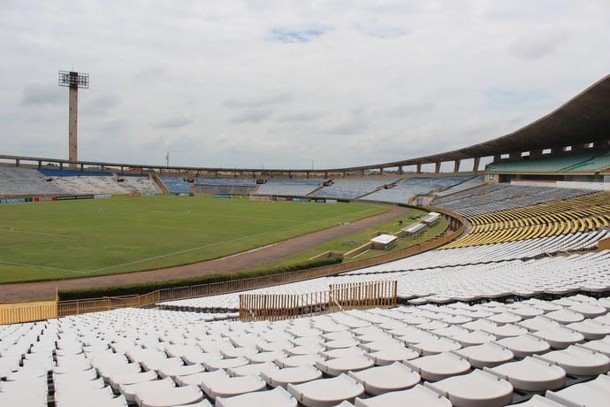 Albertão, ajustes antes de Piauí e Moto (Foto: Antônio Fontes/GloboEsporte.com)