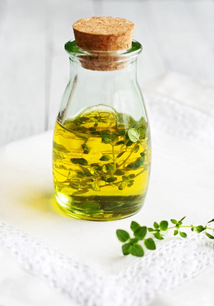 aceite con tomillo limón