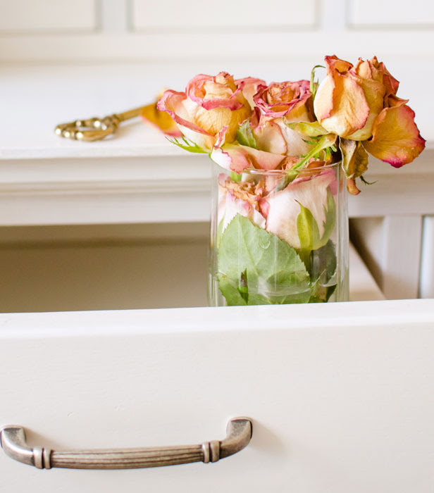 5 Crafty Things To Do With Dead Flowers Bt