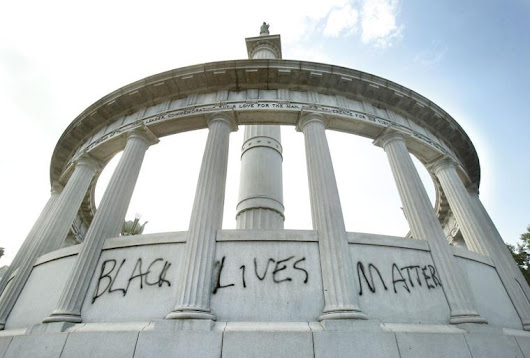 Jefferson Davis statue on Monument Avenue vandalized