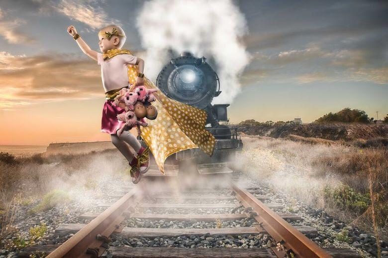 Com muita imaginação e alguns retoques no Photoshop, ele criou um projeto para produzir fotografias mágicas