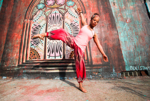 Walt-zing around! Dancer celebrates the Bard of Brooklyn