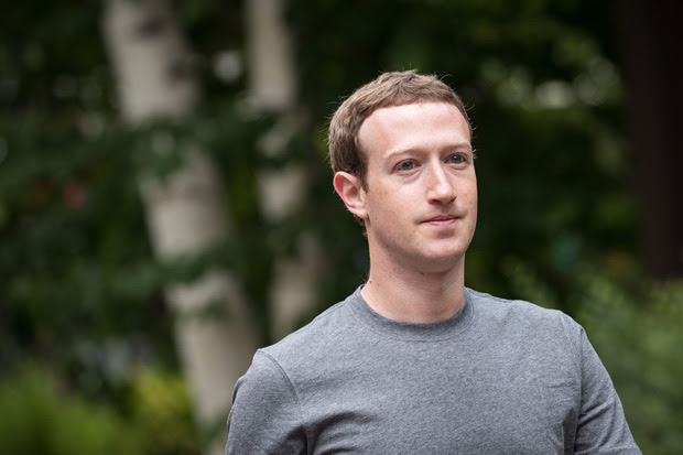 SUN VALLEY, ID - JULY 14: Mark Zuckerberg, chief executive officer and founder of Facebook Inc., attends the fourth day of the annual Allen & Company Sun Valley Conference, July 14, 2017 in Sun Valley, Idaho. Every July, some of the world's most wealthy and powerful businesspeople from the media, finance, technology and political spheres converge at the Sun Valley Resort for the exclusive weeklong conference. Drew Angerer/Getty Images/AFP == FOR NEWSPAPERS, INTERNET, TELCOS & TELEVISION USE ONLY ==