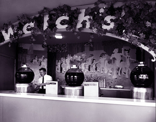 Welch's Grape Juice at Disneyland 1955