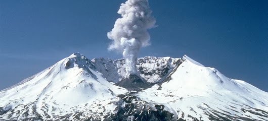 Scientists Are Dropping Explosives All Over Mount St. Helens On Purpose