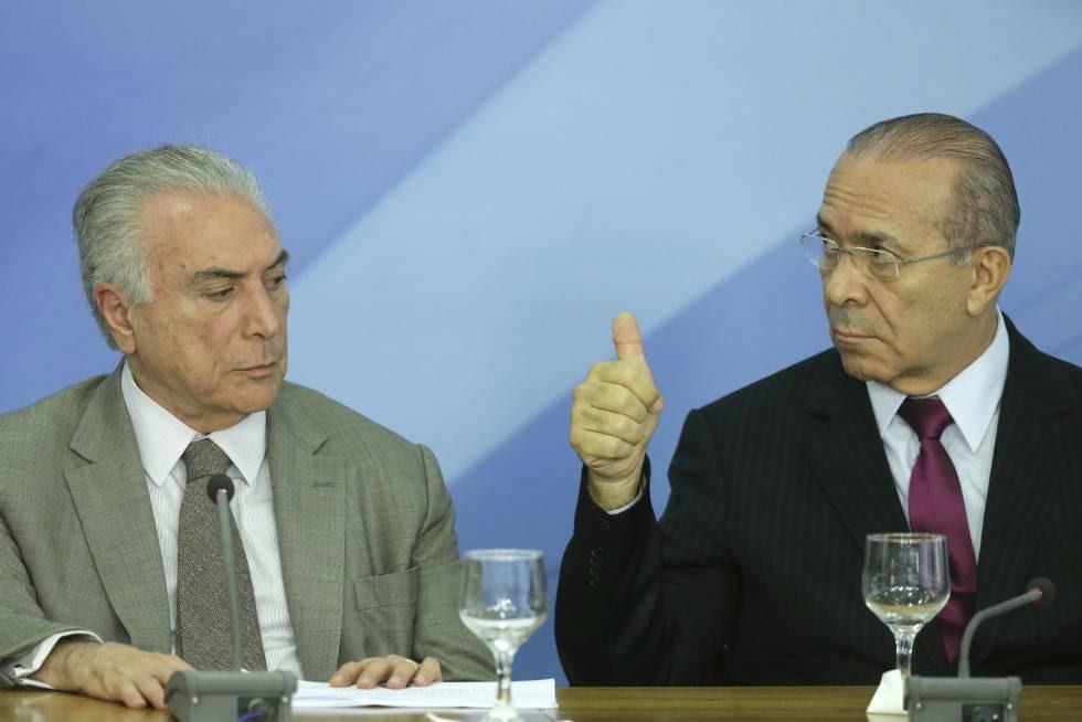 O presidente brasileiro Michel Temer e o atual ministro da Casa Civil Eliseu Padilha, no passado dezembro