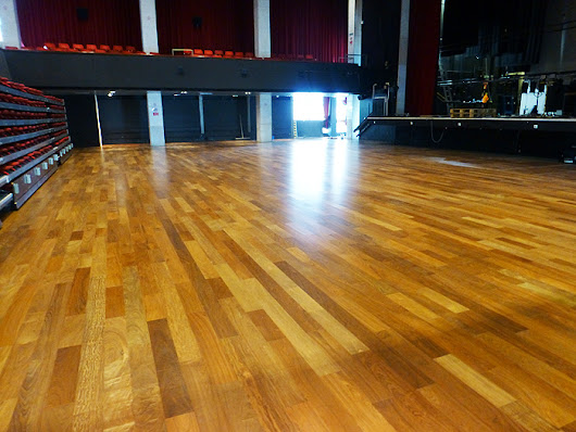Commercial Flooring Services | Roger Hyde Limited | 01787 463348