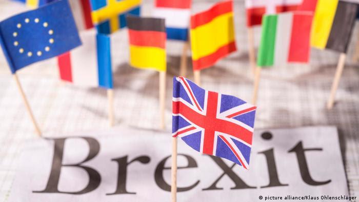 Δίχτυ ασφαλείας για Βρετανούς η γερμανική υπηκοότητα