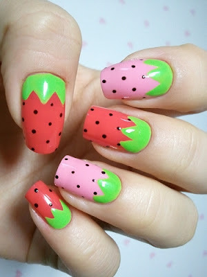 Lfg-fruit-nail-art-strawberry_large