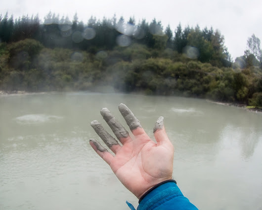 New Zealand's Only Geothermal Mud Bath - Travelin' Fools