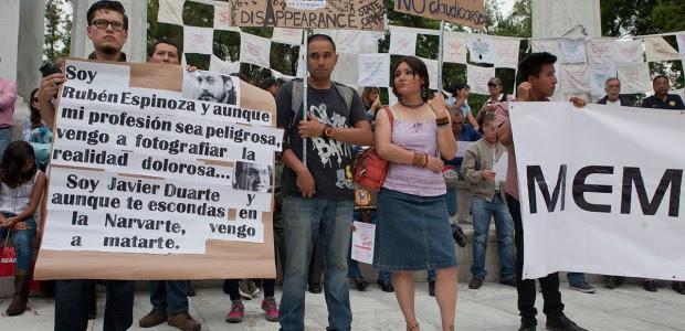 Piden justicia para las víctimas del multihomicidio en la Narvarte. Foto: Miguel Dimayuga