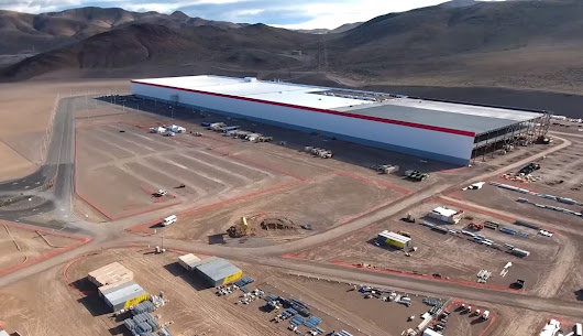 Tesla's Gigafactory 1 is starting to get pretty damn big