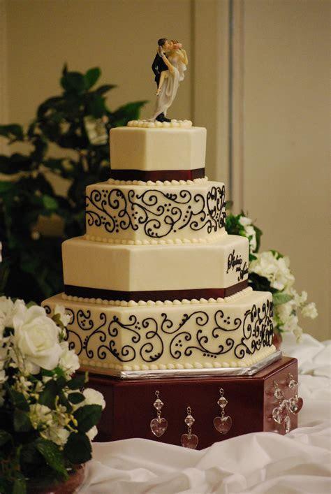 Hexagon Wedding Cake with black scrollwork