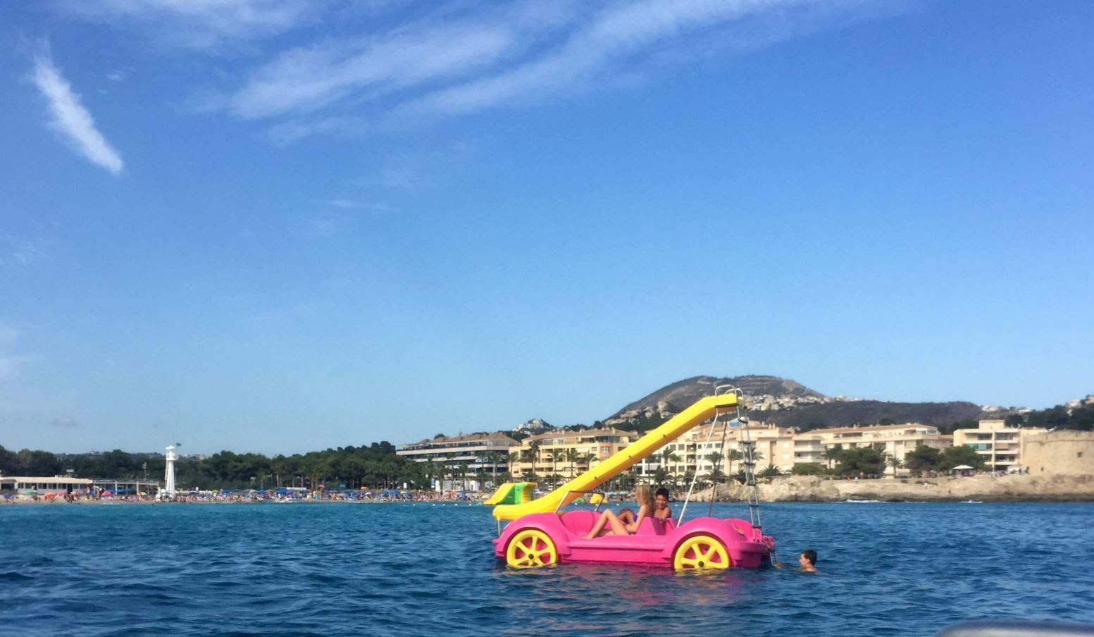 PEDALO OFF MORAIRA BEACH costa blanca